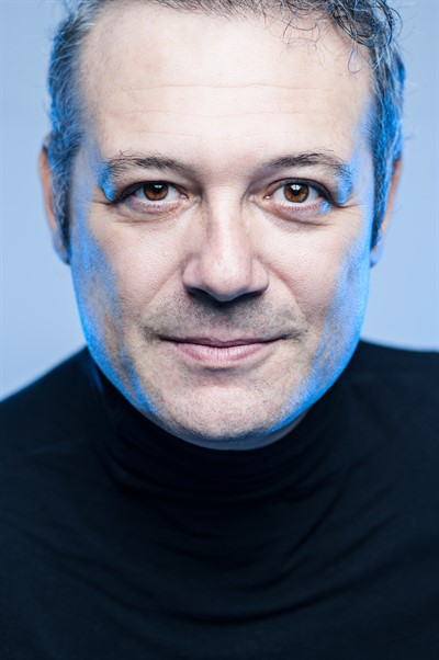 Levent Üzümcü - Profil Fotoğrafı
