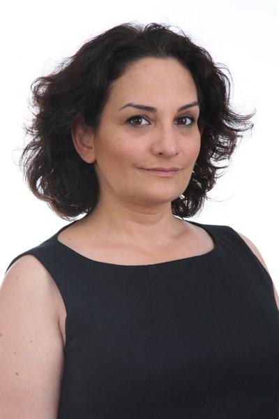 Ece Okay - Profil Fotoğrafı
